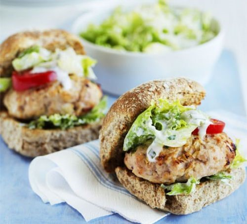 Turkey Burgers with Sliced Apple and Avocado